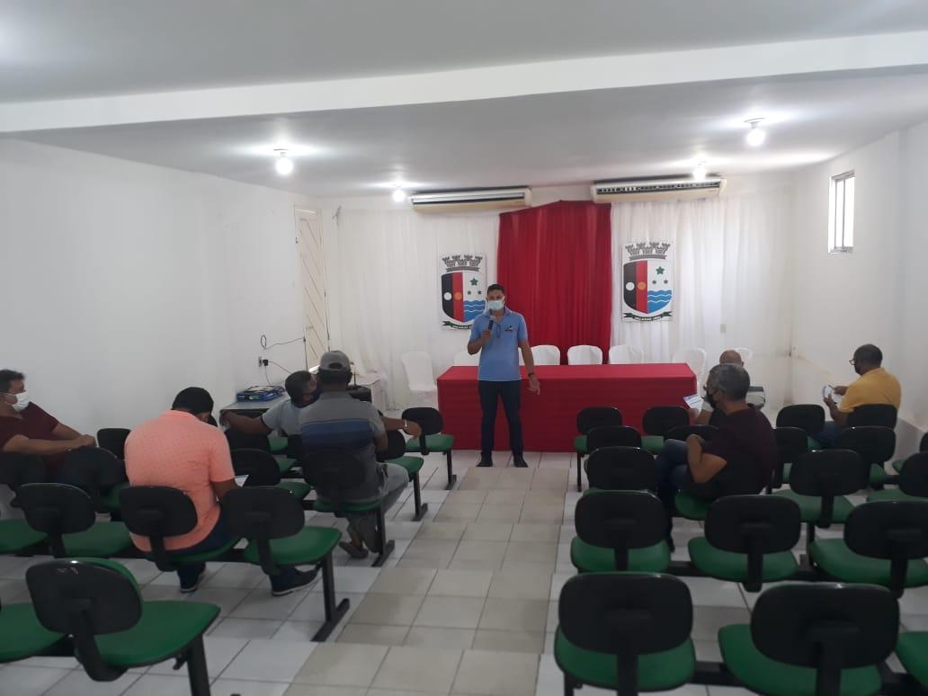 Secretaria de Agricultura e Desenvolvimento Econômico realiza reunião para o fortalecimento e incentivo à piscicultura em Jacaraú.