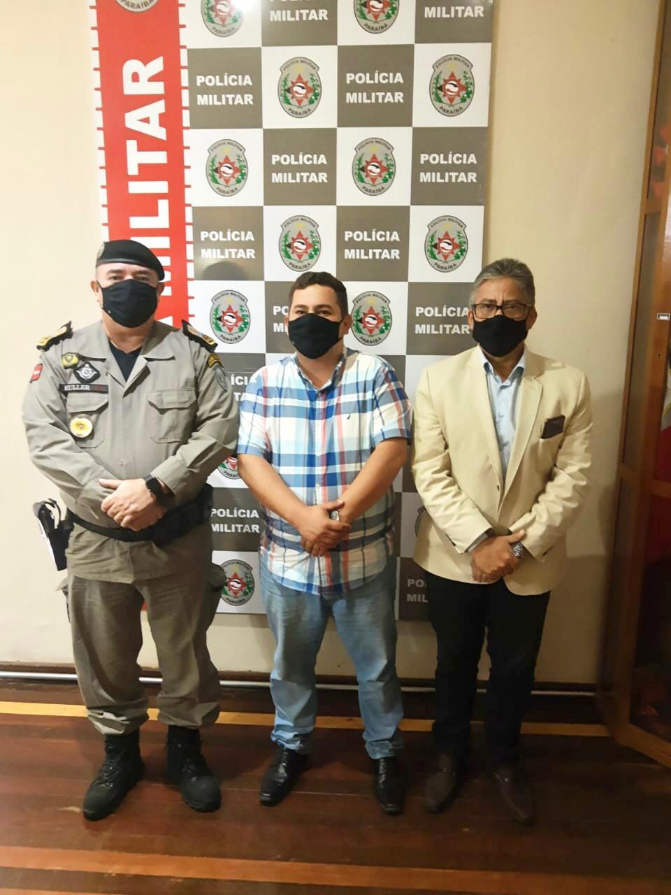 Prefeito e vice-prefeito solicitam a Polícia Militar do Estado da Paraíba melhorias para a segurança pública de Jacaraú.