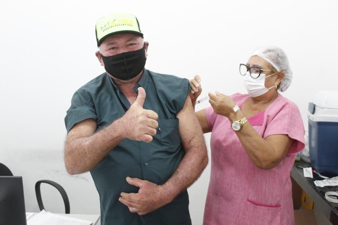 Covid-19: Vacinação para grupos de pessoas com comorbidades continuam.