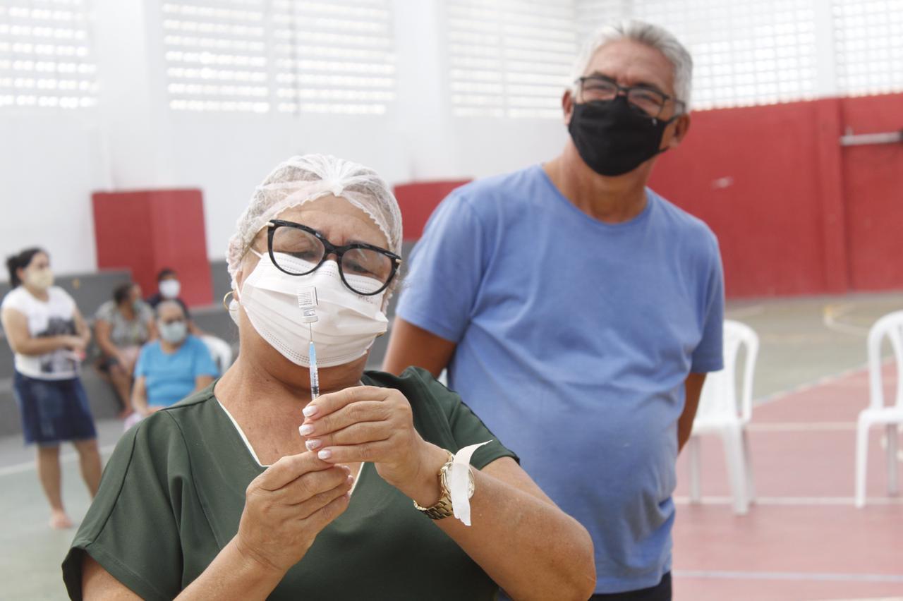 Jacaraú segue realizando as campanhas de vacinação contra a Influenza (gripe) e a Covid-19.