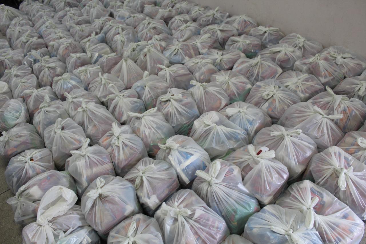 Governo Municipal de Jacaraú, entrega nesta quinta-feira (08) kits de alimentação para famílias de alunos da rede municipal de ensino.