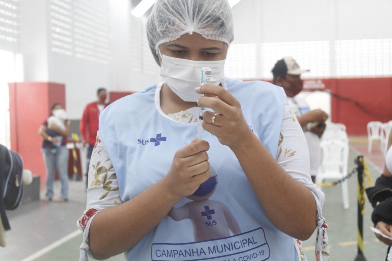 Jacaraú começa a vacinar pessoas com 25 anos ou mais a partir desta quarta-feira (21).