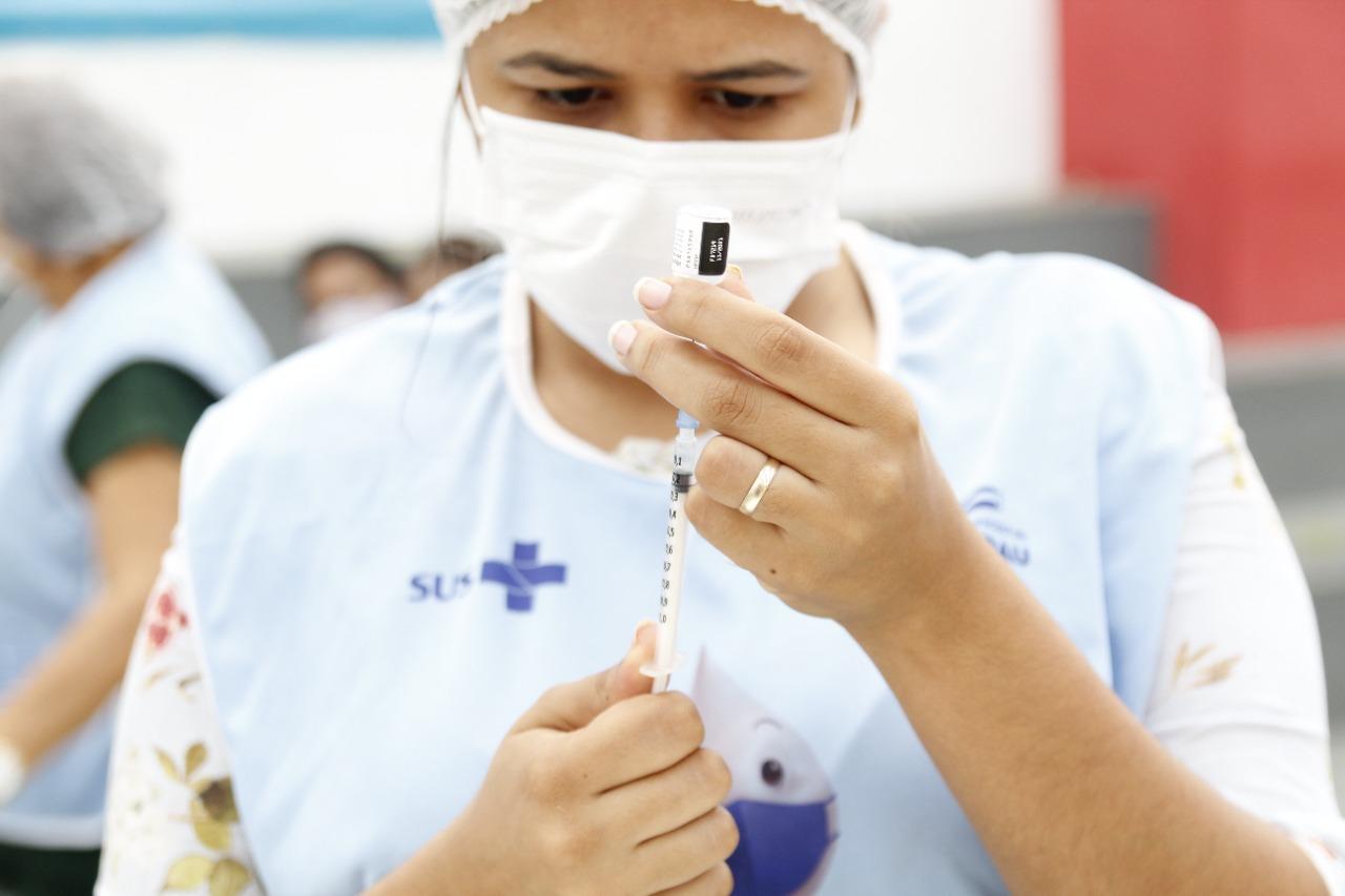 Jacaraú inicia a aplicação da 2ª dose da vacina AstraZeneca.