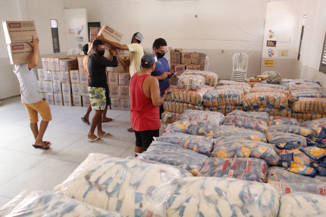 Governo Municipal de Jacaraú, entregará nesta quinta-feira (02), kits de alimentação para famílias de alunos da Rede Municipal.