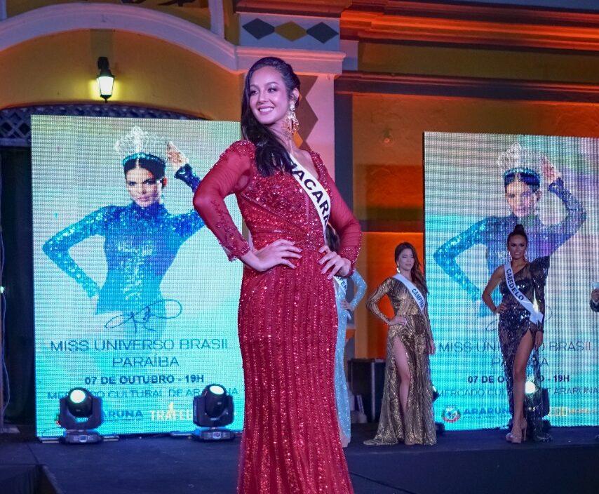 Jacarauense fica entre top 7 no concurso Miss Universo Paraíba.
